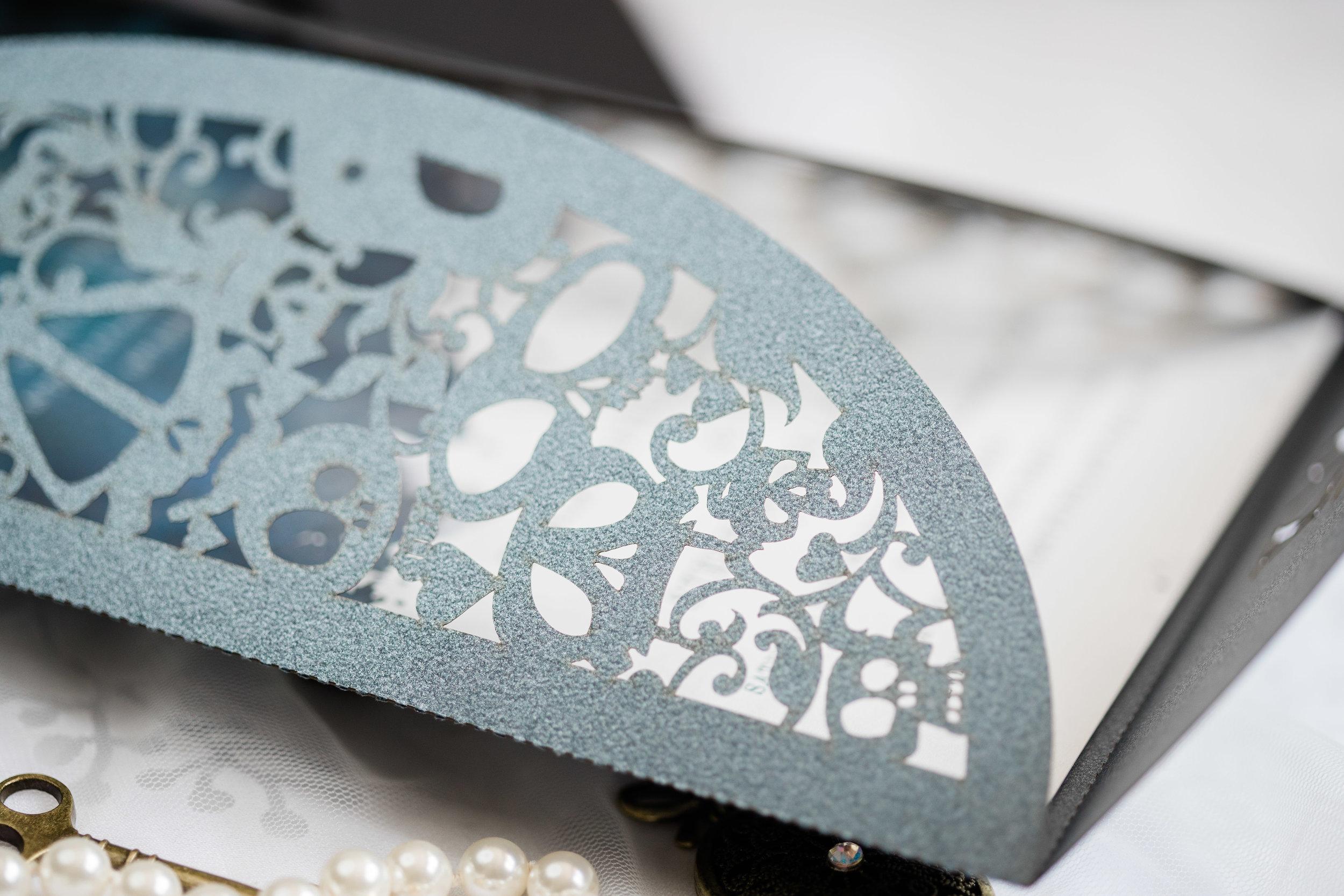 cross-eyed-fox-invitations-viviana-podhaiski-photography-17.jpg