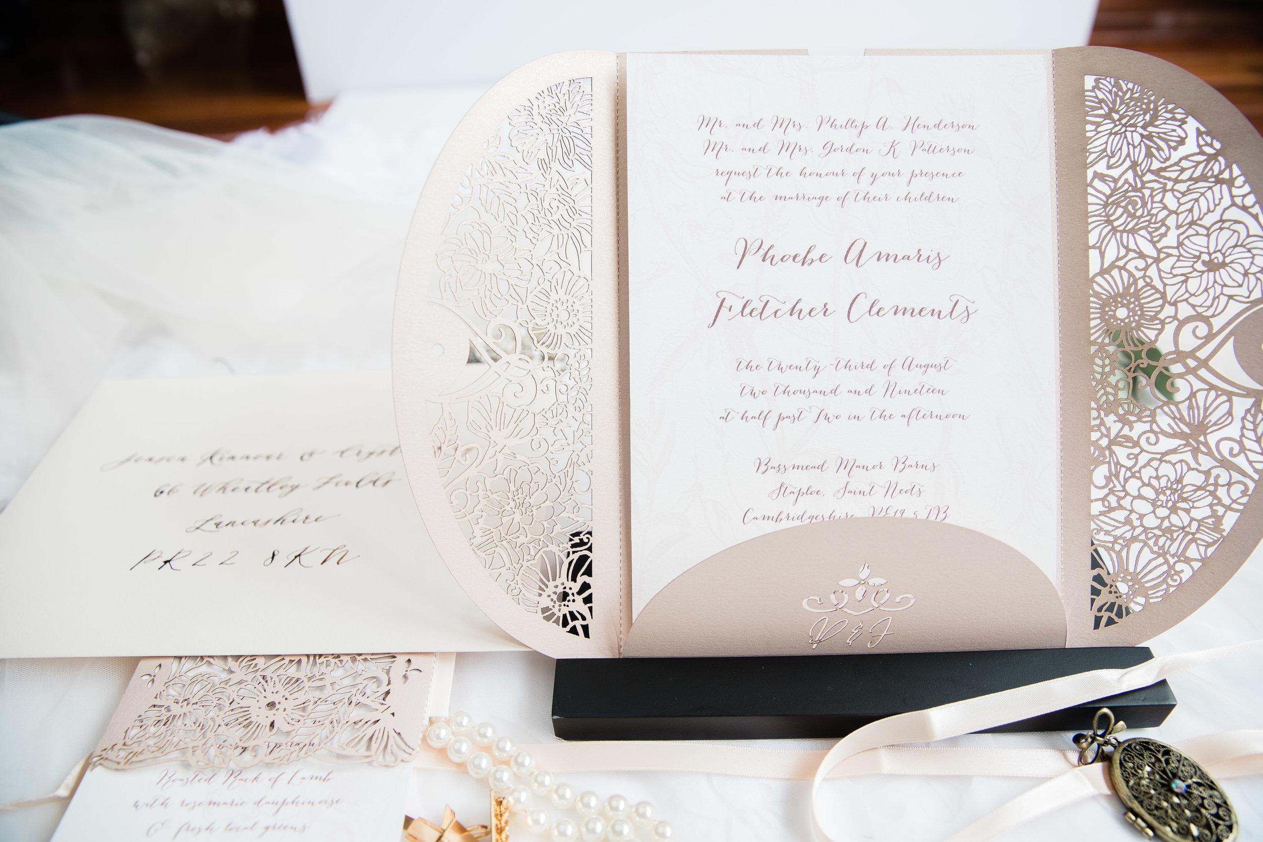 cross-eyed-fox-invitations-viviana-podhaiski-photography-38.jpg