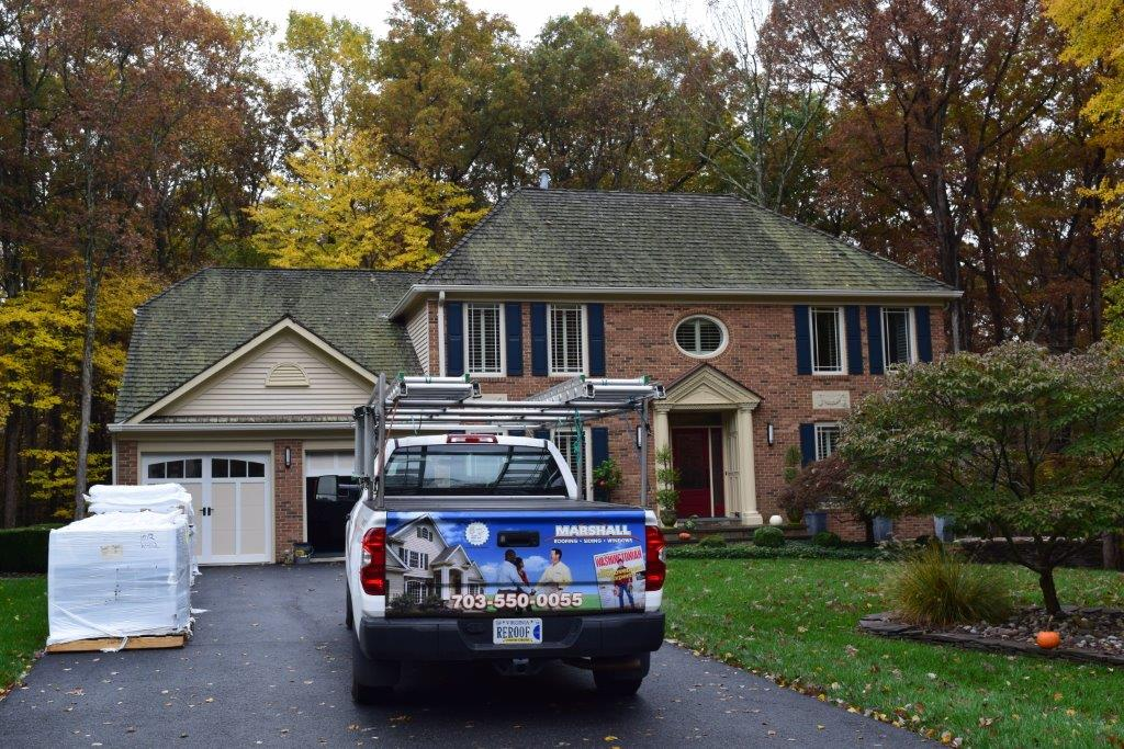 Before-the-new-roof-installation-old-wood-shake-shingles-CeDUR-Walden-roof-Fairfax-Station-Virginia-Marshall-Synthetic-Composite-Roofing.jpg