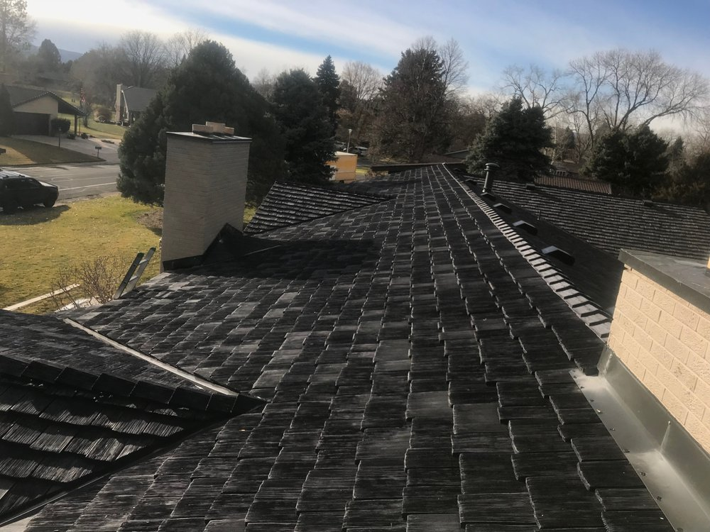 CeDUR Shiloh Roof - Staggered Installation - Installed by Arvada Roofing