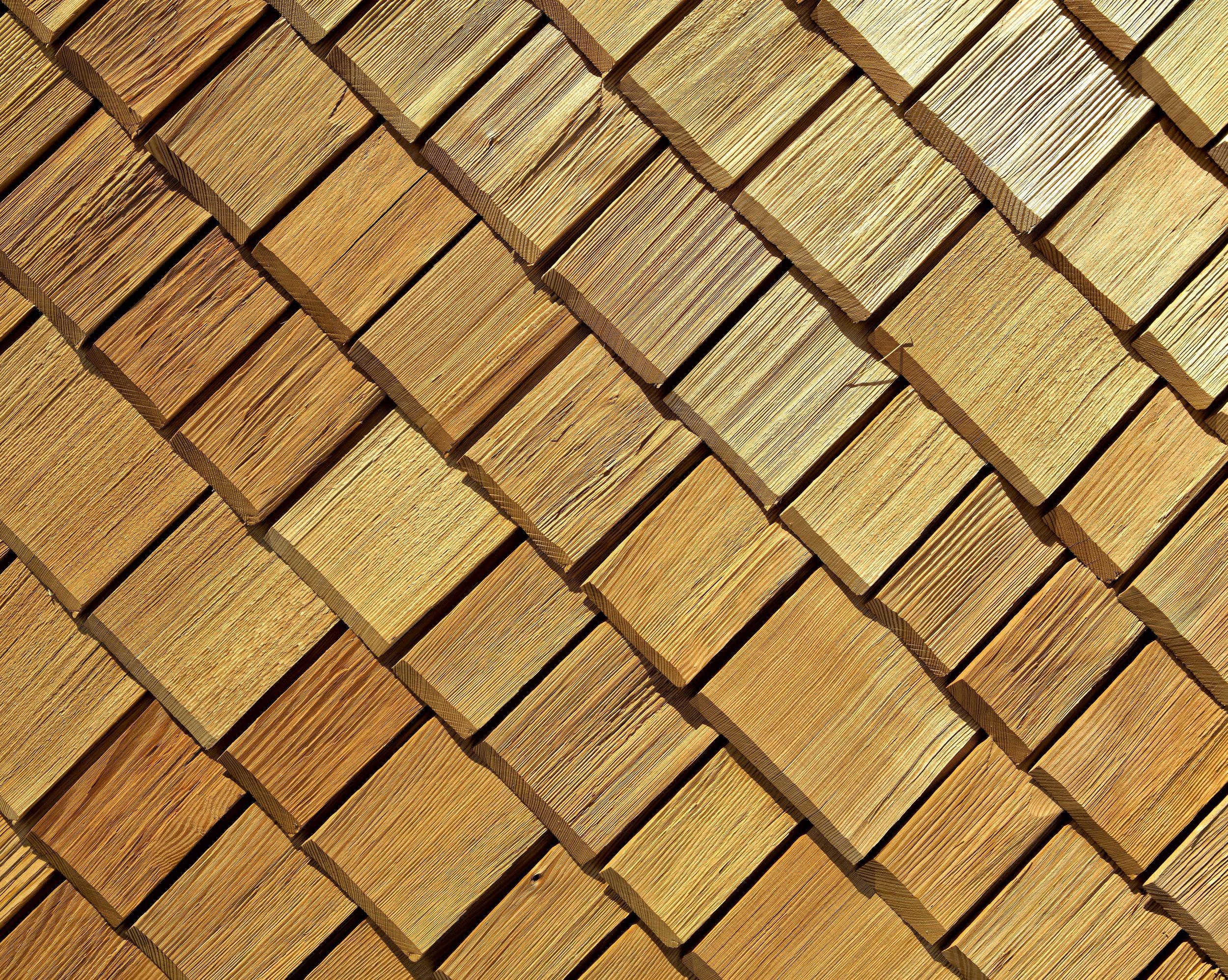 real-wood-roofing-shakes-heavy-cedar-shakes.jpg