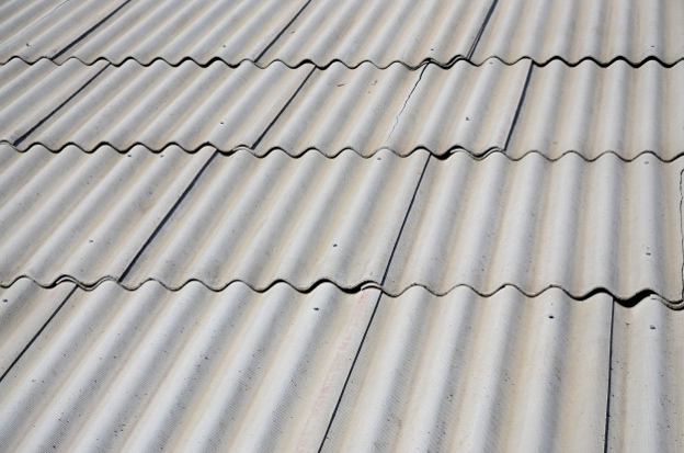 slate-roofing-tiles-have-problems.png