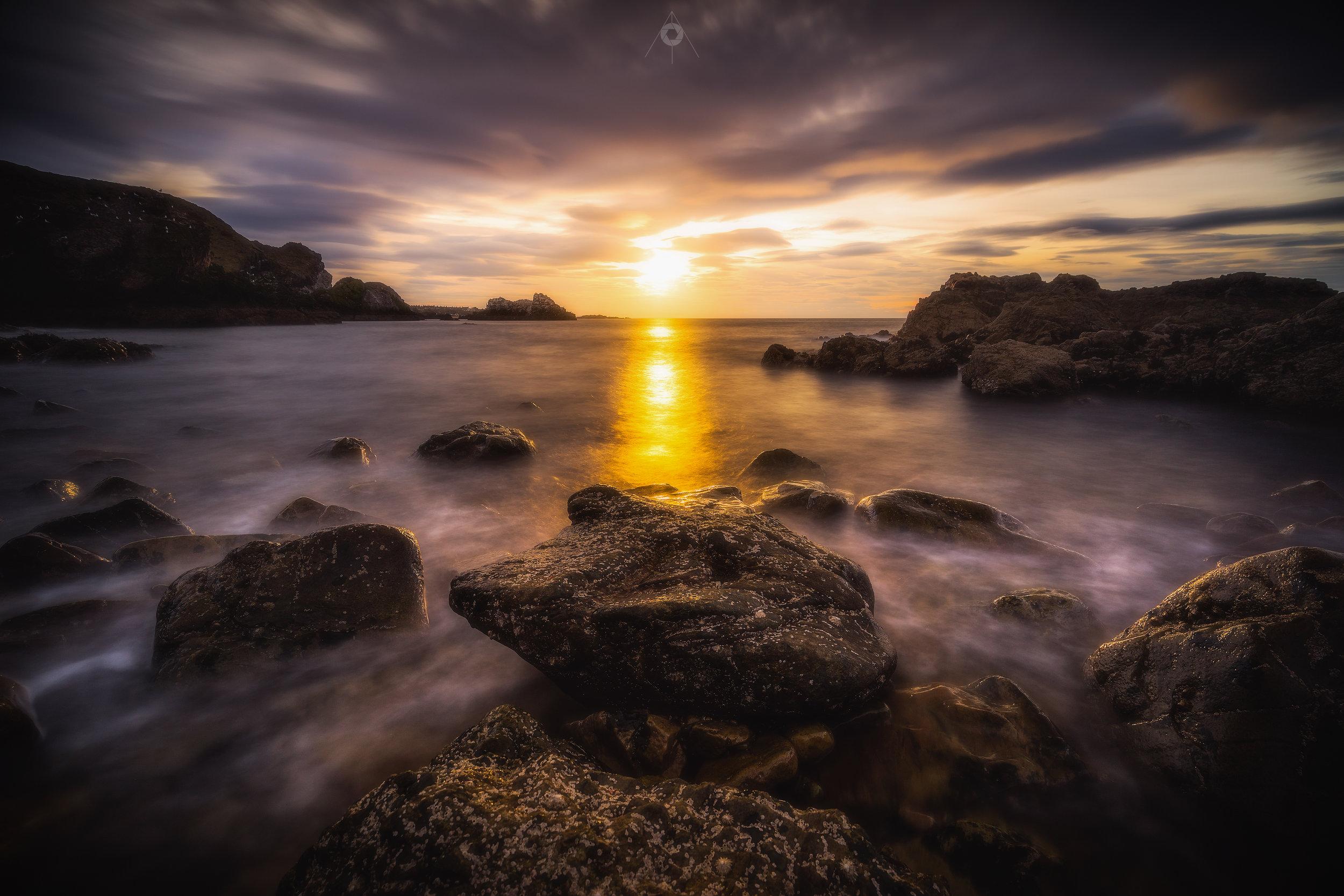 Spotlight on the Rocks