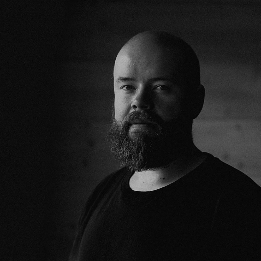 Jani Kärppä - Valokuva, graafinen suunnittelu & webjani@kotacollective.com040 7383 213