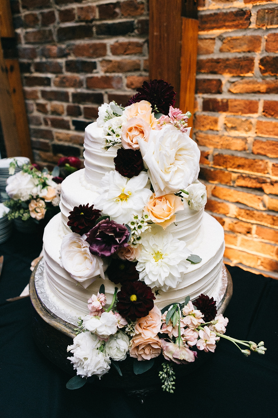 Marryland Weddings Modern Fall American Visionary Arts Museum Burgundy Gold Sarah Murray Photography_0878.jpg