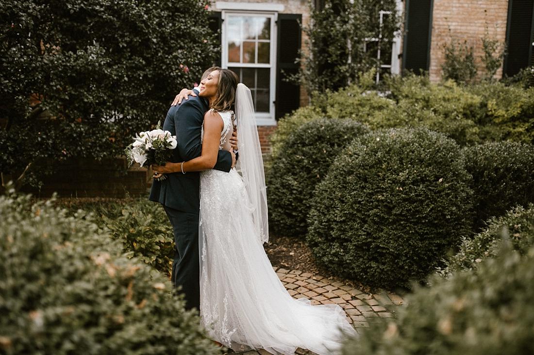 Marryland Weddings Romantic Secret Garden Wedding TIdewater Inn Victoria Selman Photography_0902.jpg