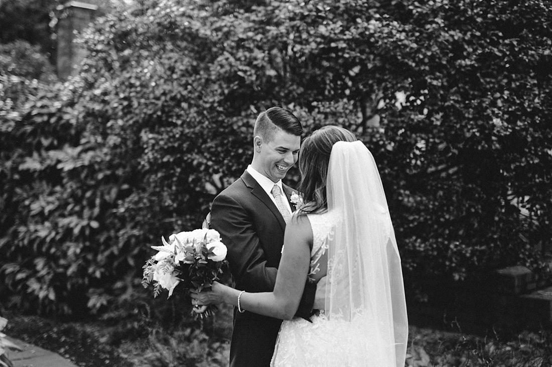 Marryland Weddings Romantic Secret Garden Wedding TIdewater Inn Victoria Selman Photography_0901.jpg