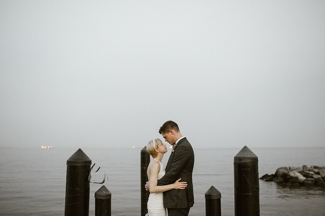 Marryland Weddings Earthy Neutrals Wedding at Chesapeake Bay Foundation Victoria Selman Photography_1039.jpg