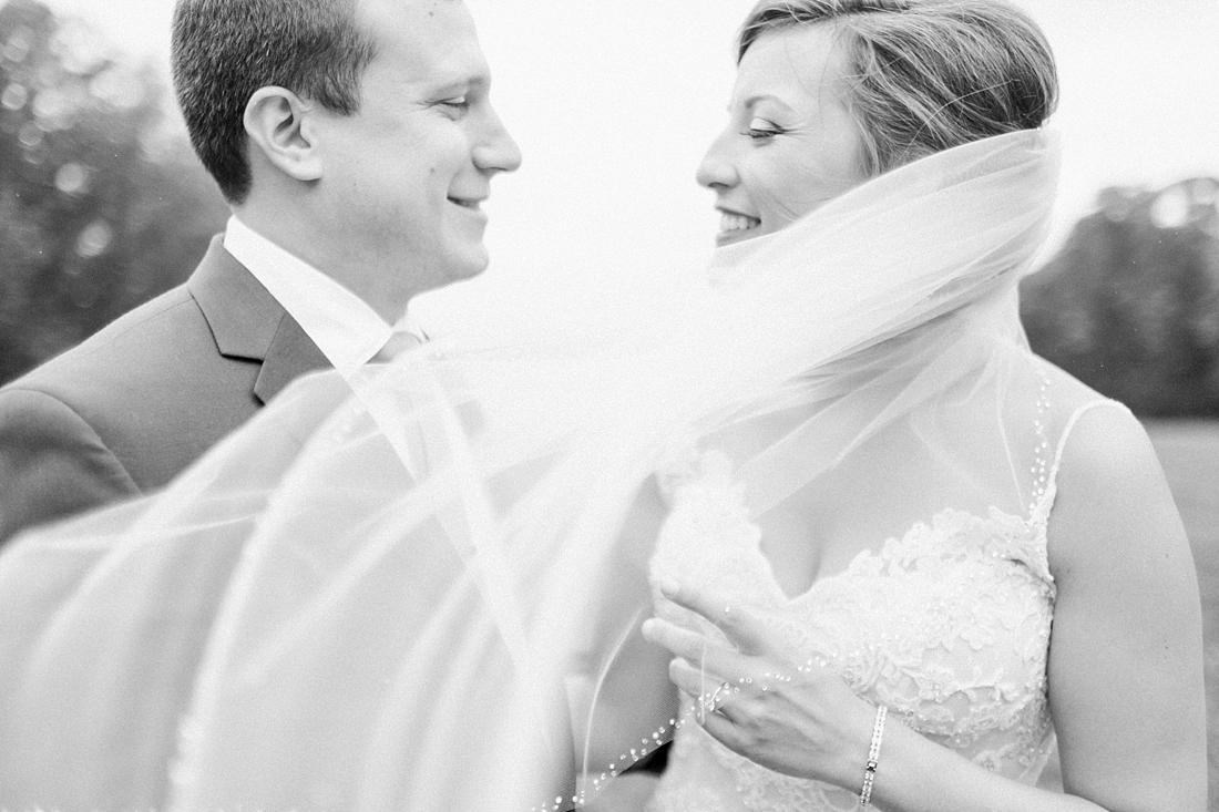 Marryland Weddings Mint and Navy Chateua Bu-De Bohemia Manor Farm Wedding Brittany Thomas Photography_1052.jpg