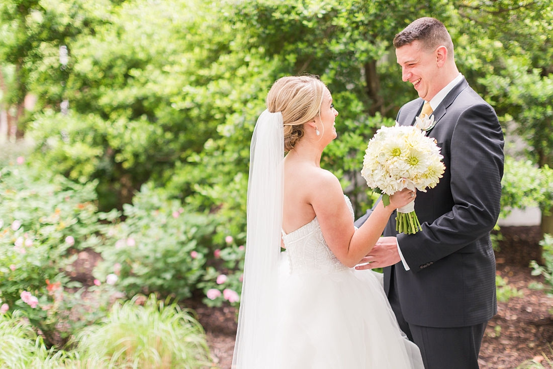 Marryland Weddings Downtown Baltimore Royal Sonesta Wedding Heather Chipps Photography_1087.jpg