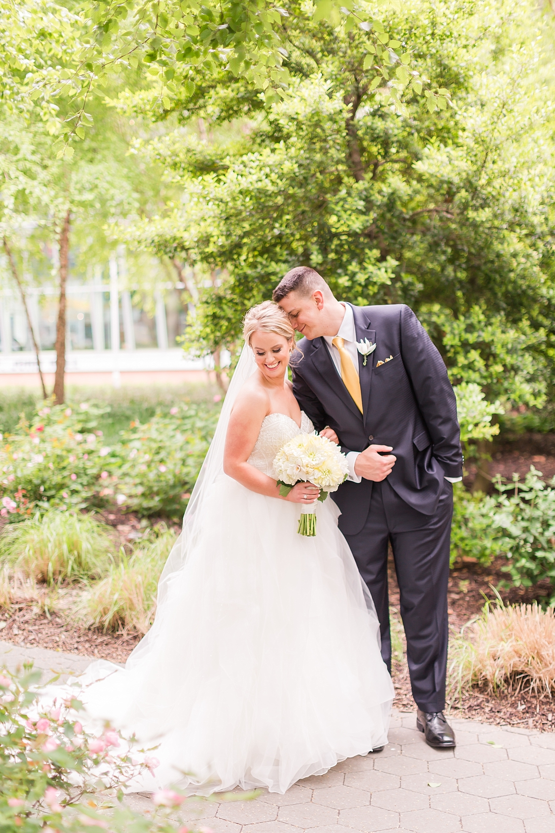 Marryland Weddings Downtown Baltimore Royal Sonesta Wedding Heather Chipps Photography_1090.jpg