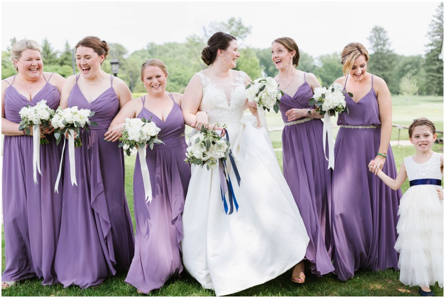 Fun-Lilac-Navy-Country-Club-Wedding_0024.jpg