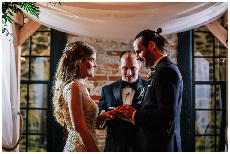 nye-mt-washington-dye-house-wedding_0039.jpg