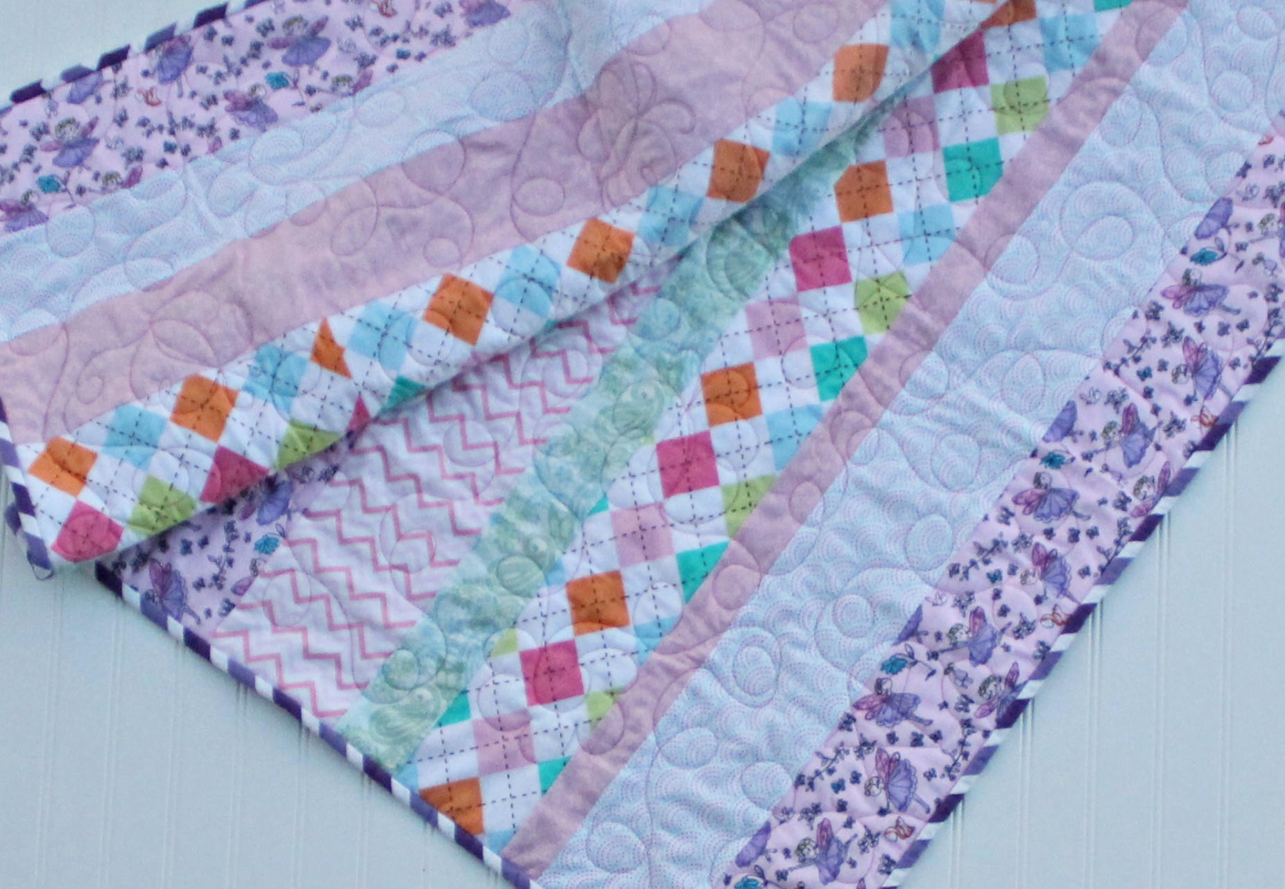 Butterfly_flannel_strip_quilt_4.jpg