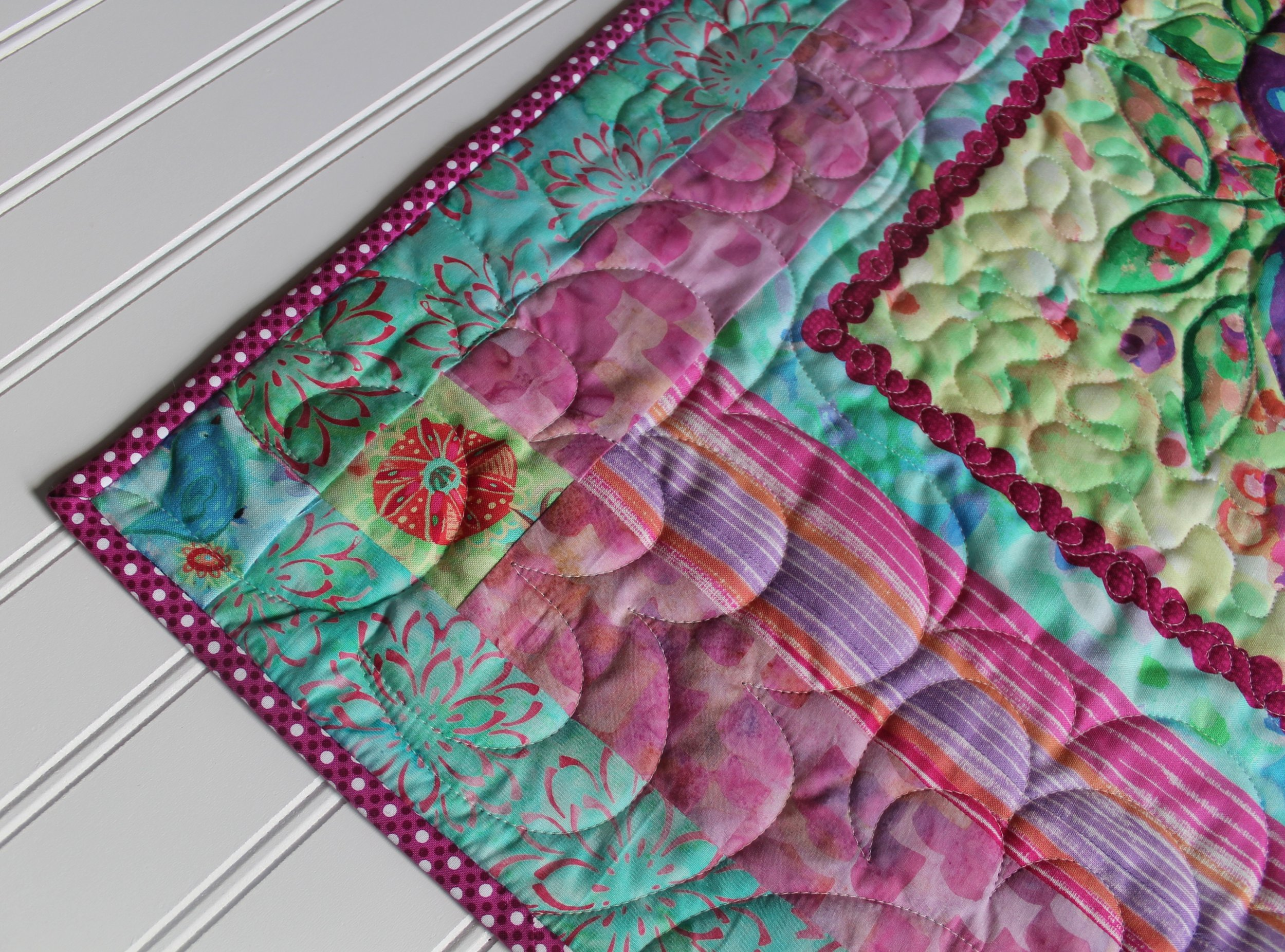 Floral Vase Mini Quilt by Katie Mae Quilts