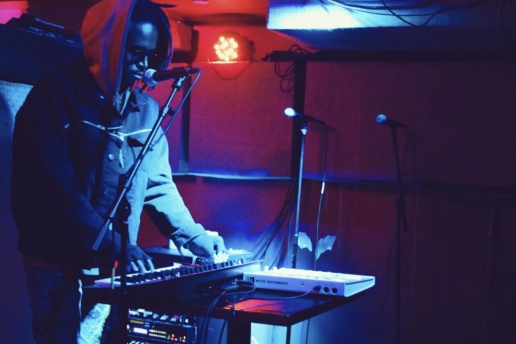 Keyz Vango - R&B, & Alternative Music