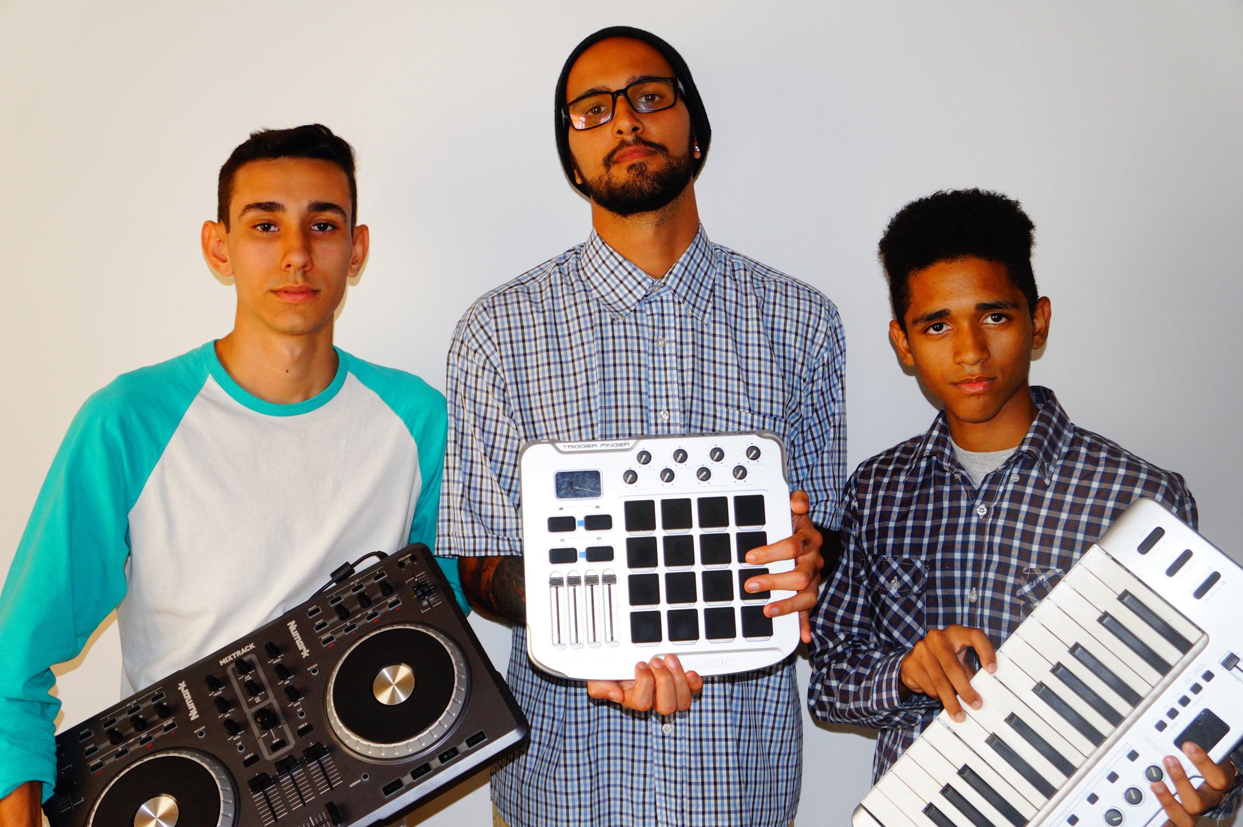SOUNDSPARX - Trap, Big room, Electronic