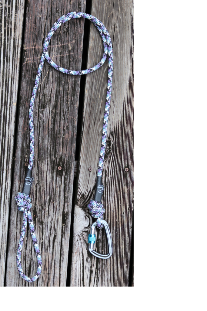 Click Here for $10 Off at KONALeashes    Each leash is handmade and 100% made in the USA. For each item sold, KONALeashes donates 1lb of dog food to animal shelters. Their most recent donation was over 600 lbs of dog food!