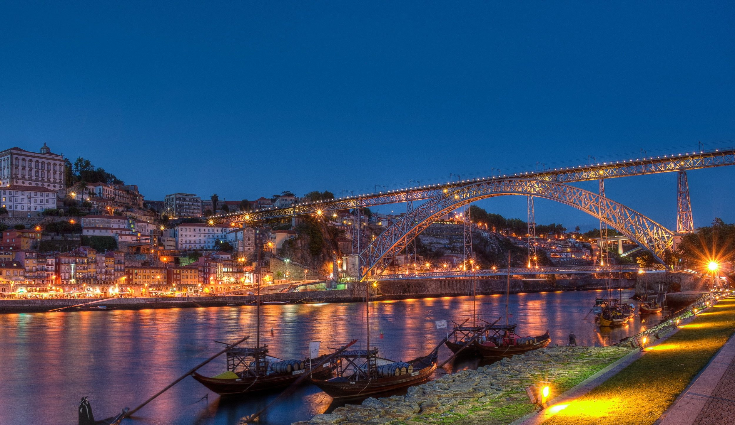 Porto, Portugal - Our clinic is situated in the beautiful city of Porto, in Portugal. Nominated Best European Destination in 2012, 2014 and 2017.Most major cities have direct flights to Porto.