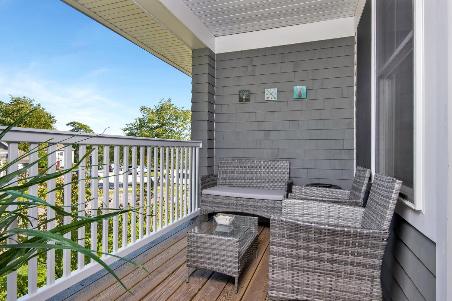 7 Camperdown Elm Dr-large-025-20-Balcony-1499x1000-72dpi.jpg