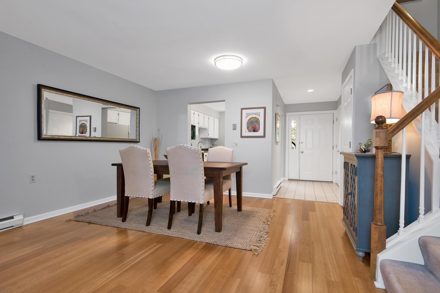 11 Crestfield Terrace Portland-large-011-6-Dining Room-1499x1000-72dpi_1.jpg