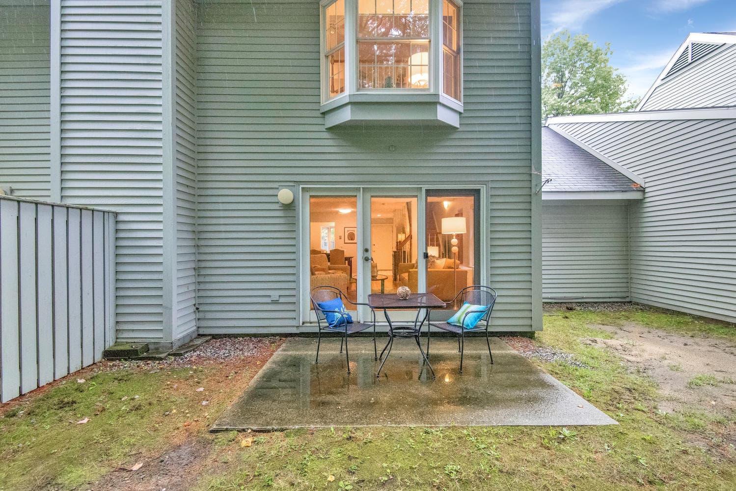 11 Crestfield Terrace Portland-large-031-39-Back of Condo-1499x1000-72dpi_1.jpg