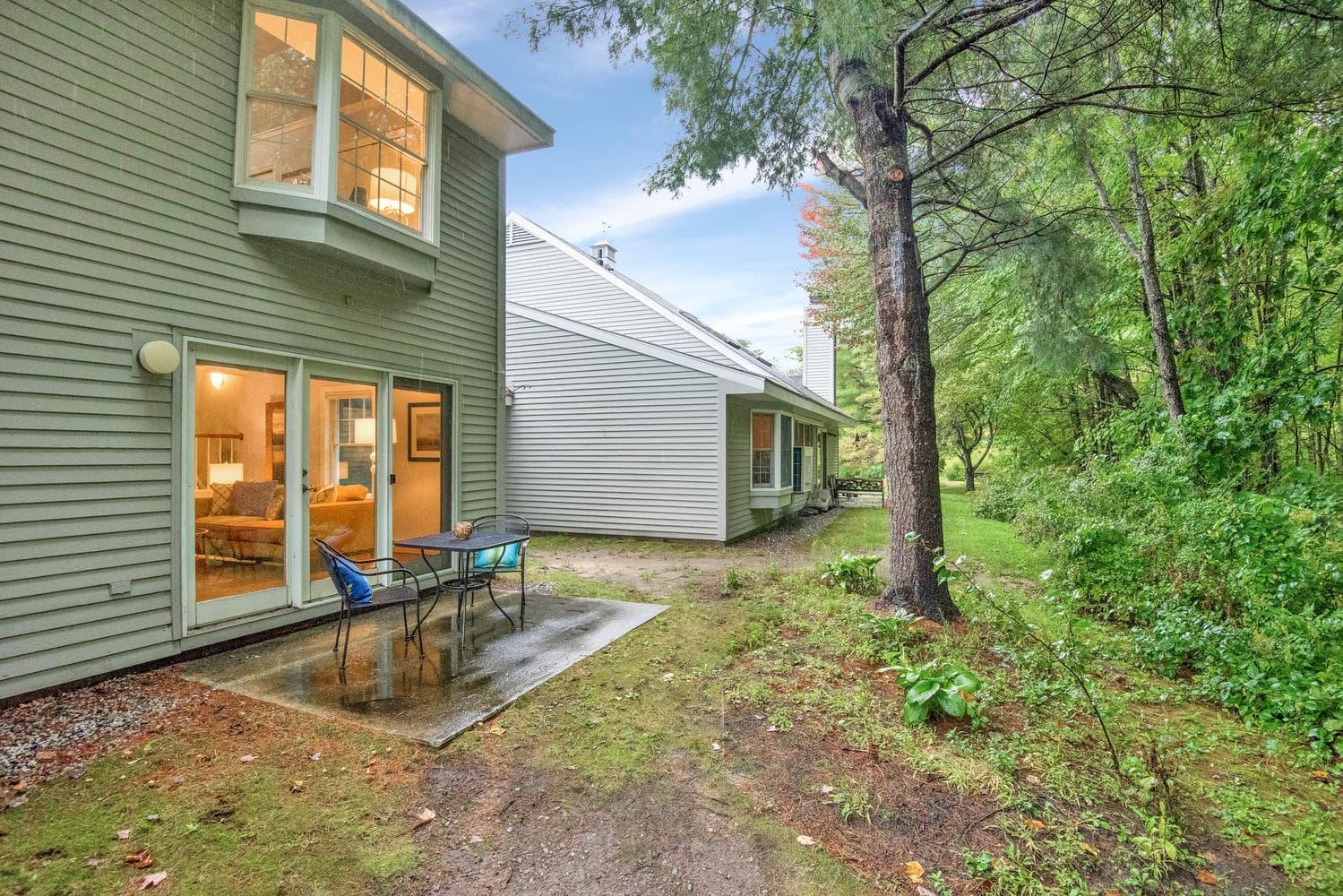 11 Crestfield Terrace Portland-large-035-28-Backyard-1499x1000-72dpi_1.jpg