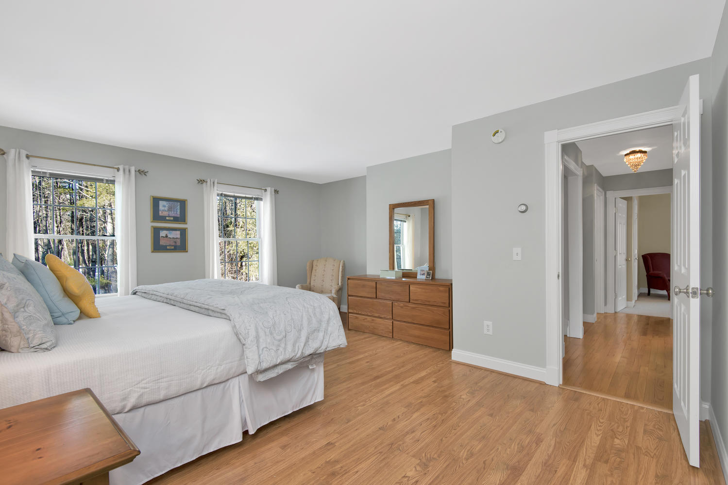 26 Titcomb Field Rd North-large-035-45-Master Bedroom-1499x1000-72dpi.jpg