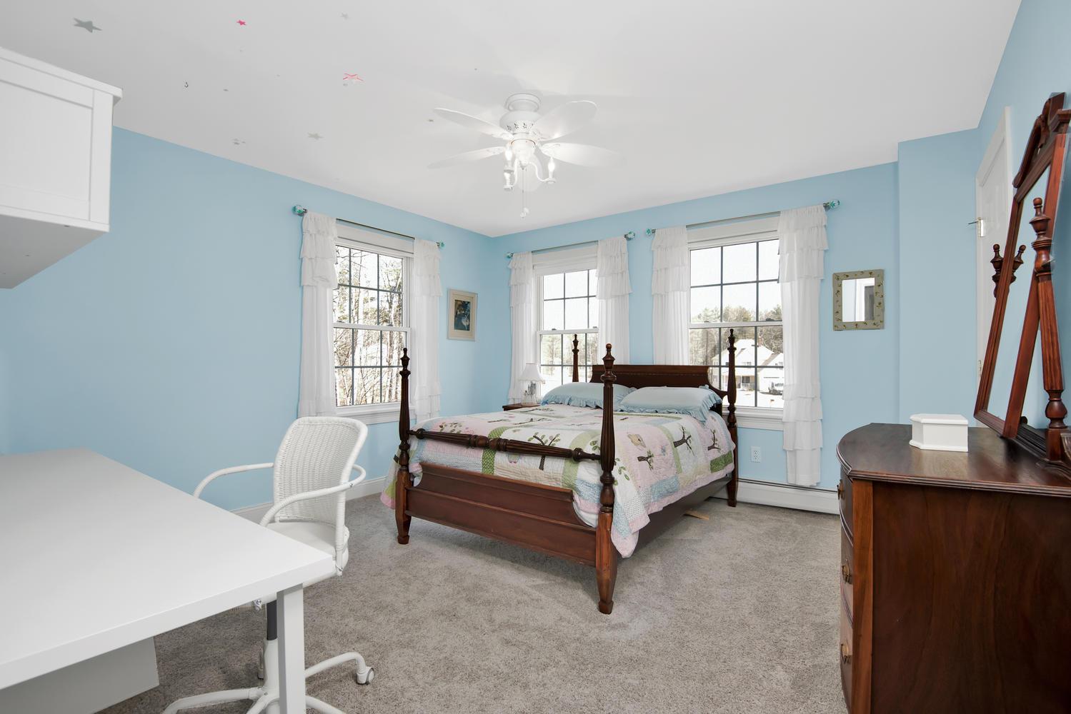 32 Mountview Dr Gorham ME-large-021-35-Bedroom 1-1499x1000-72dpi_1.jpg