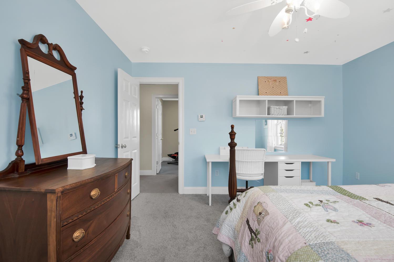 32 Mountview Dr Gorham ME-large-022-39-Bedroom 1-1499x1000-72dpi_1.jpg