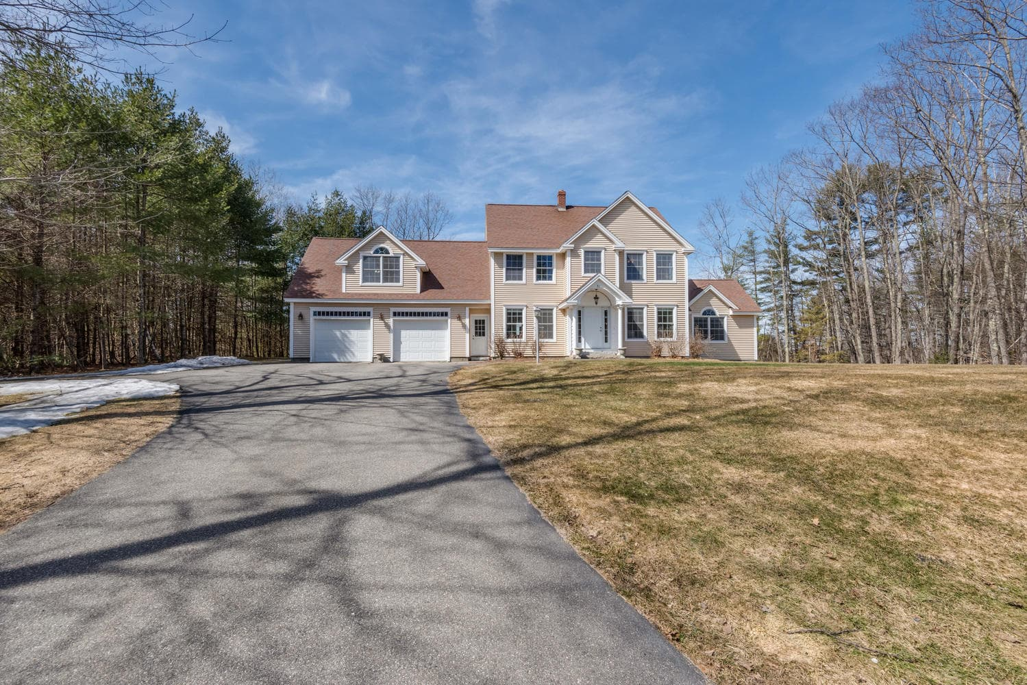 32 Mountview Dr Gorham ME-large-050-51-Front of Home-1499x1000-72dpi_1.jpg