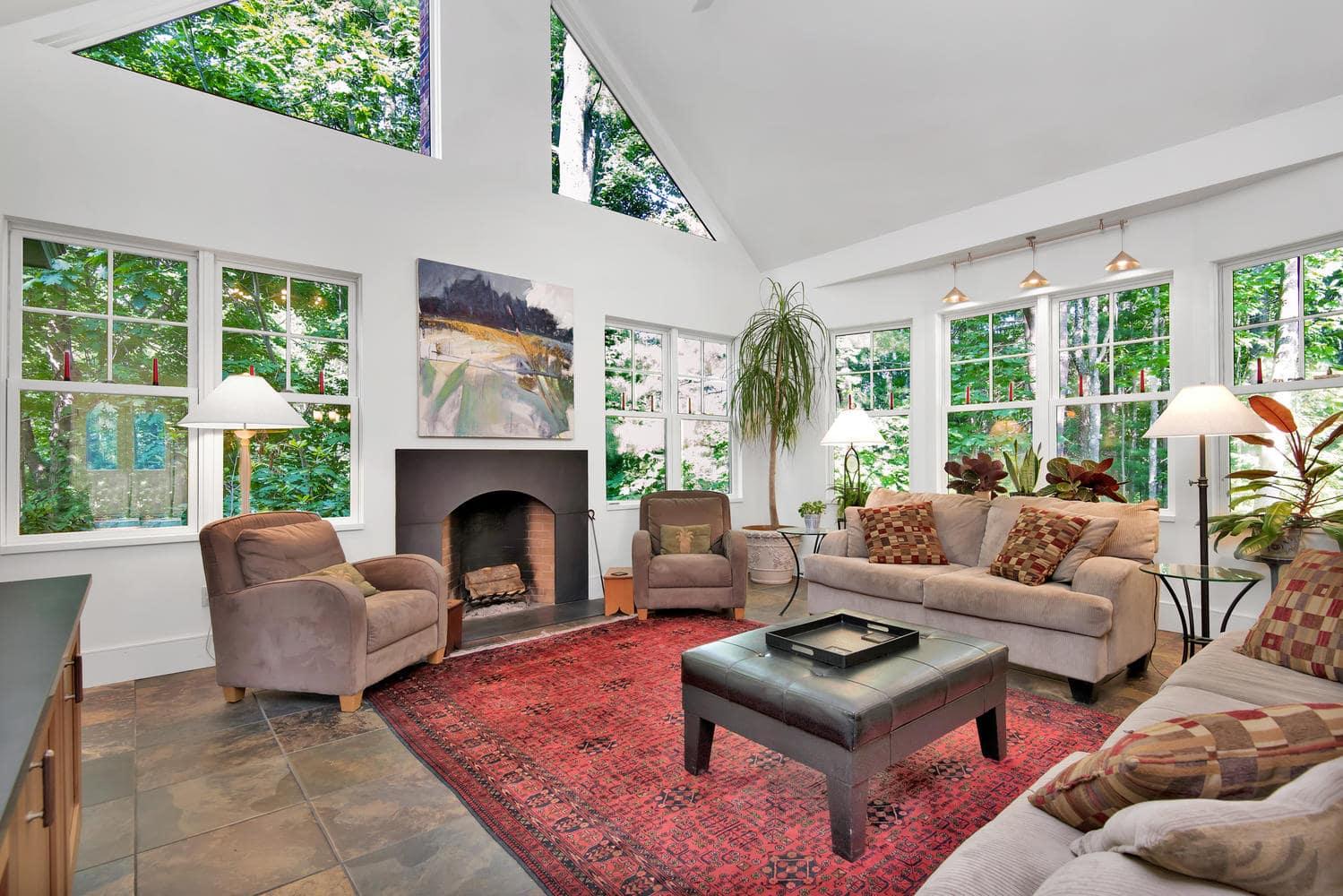 85 Rivers Edge Dr Portland ME-large-008-020-Living Room-1499x1000-72dpi_2.jpg