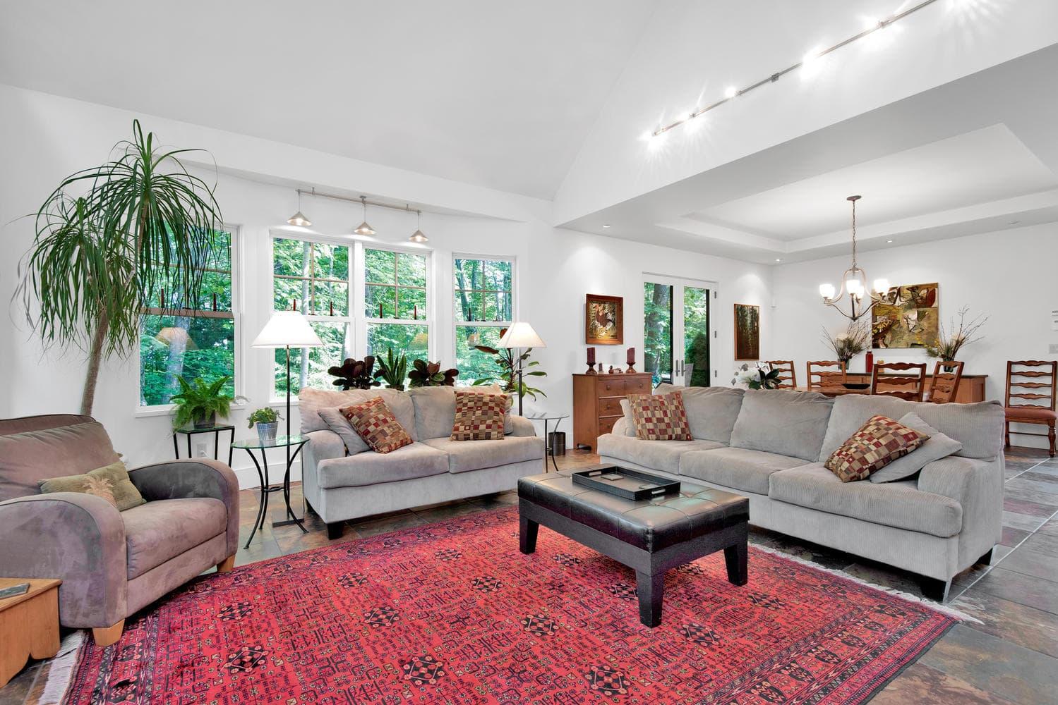85 Rivers Edge Dr Portland ME-large-009-015-Living Room-1499x1000-72dpi_2.jpg
