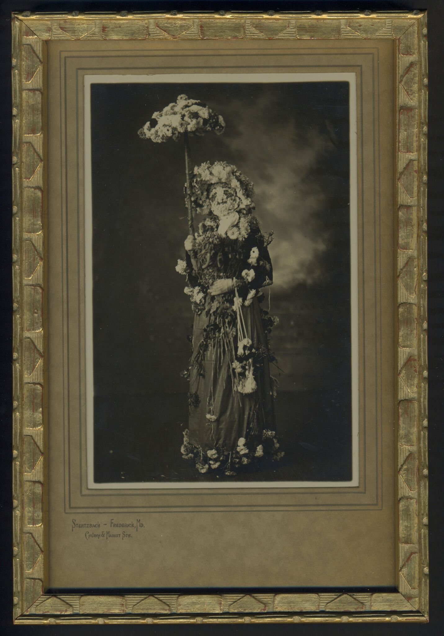 Flower Girl, ca. 1900