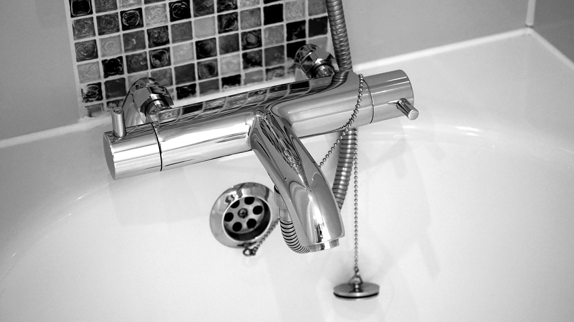 bathroom-leak-repair