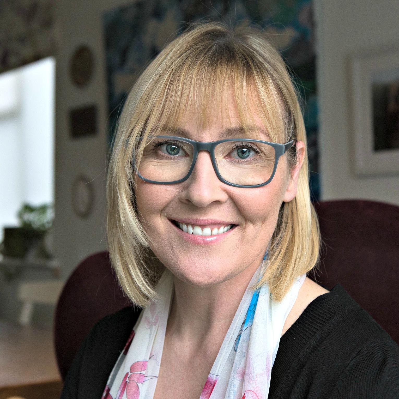 jacqui wakelam - Mum Heart UK director, MH group leader, HS mom, photographer, London, UK