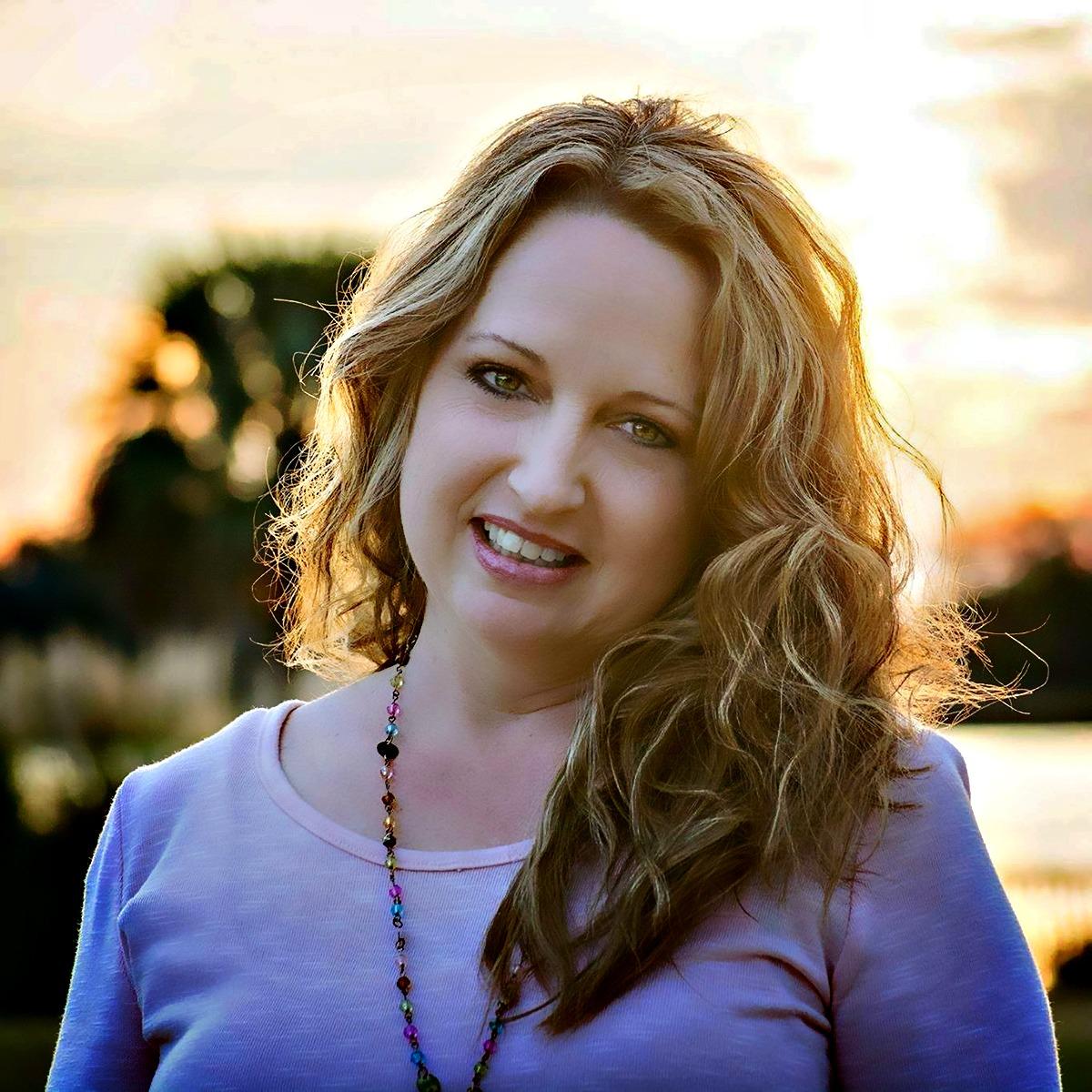Misty Krasawski - Ass't to Sally, family NPO director, HS mom of 8, in quaint Franklin, TN