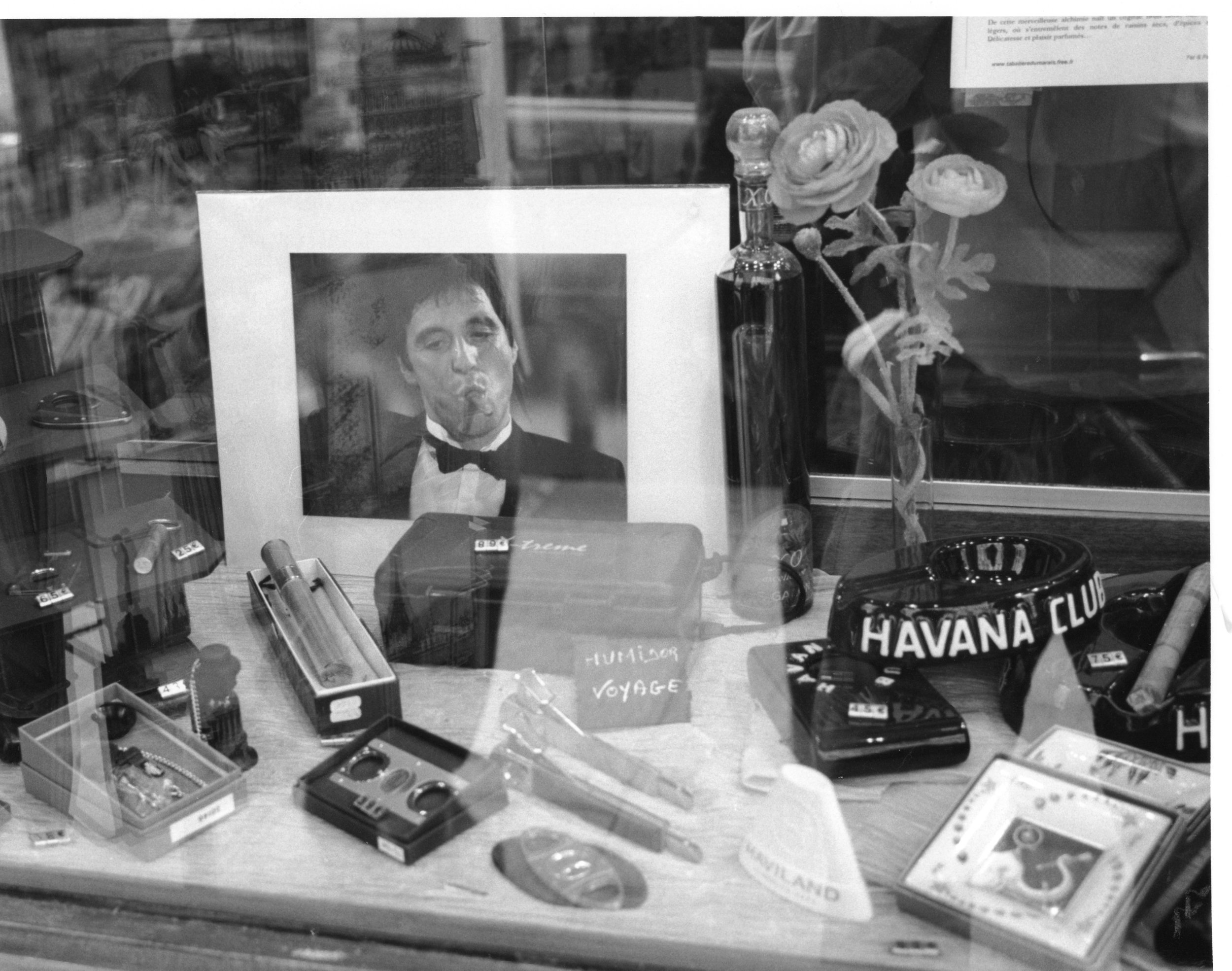 Tabac (tobacco shop).  Flânering around the Marais, the black and white picture of Al Pacino spoke to me.