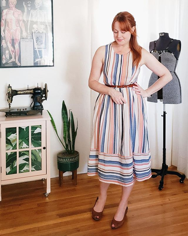 Stripey sundresses are my favorite 😎 Especially in this fantastic rayon nylon fabric from @shoplamercerie 💛 Jess has the best eye! This cut had been hanging in my stash since January and I couldn't wait for warm enough weather to make up this #m7774. Special thanks to @freshseams for confirming my decision  to size down 🙌🏻🙌🏻🙌🏻 #indiesewing #memade #memadeeveryday #handmadewardrobe #modernmaker #slowfashion #slowsewing #sewingproject #sewingblogger #sewing #diyfashion #diyootd #lovetosew #isew #isewmyownclothes #instasewing #sewistsofinstagram #imadethis #wearhandmade #imakemyclothes #shoplamercerie #mccallspatterns