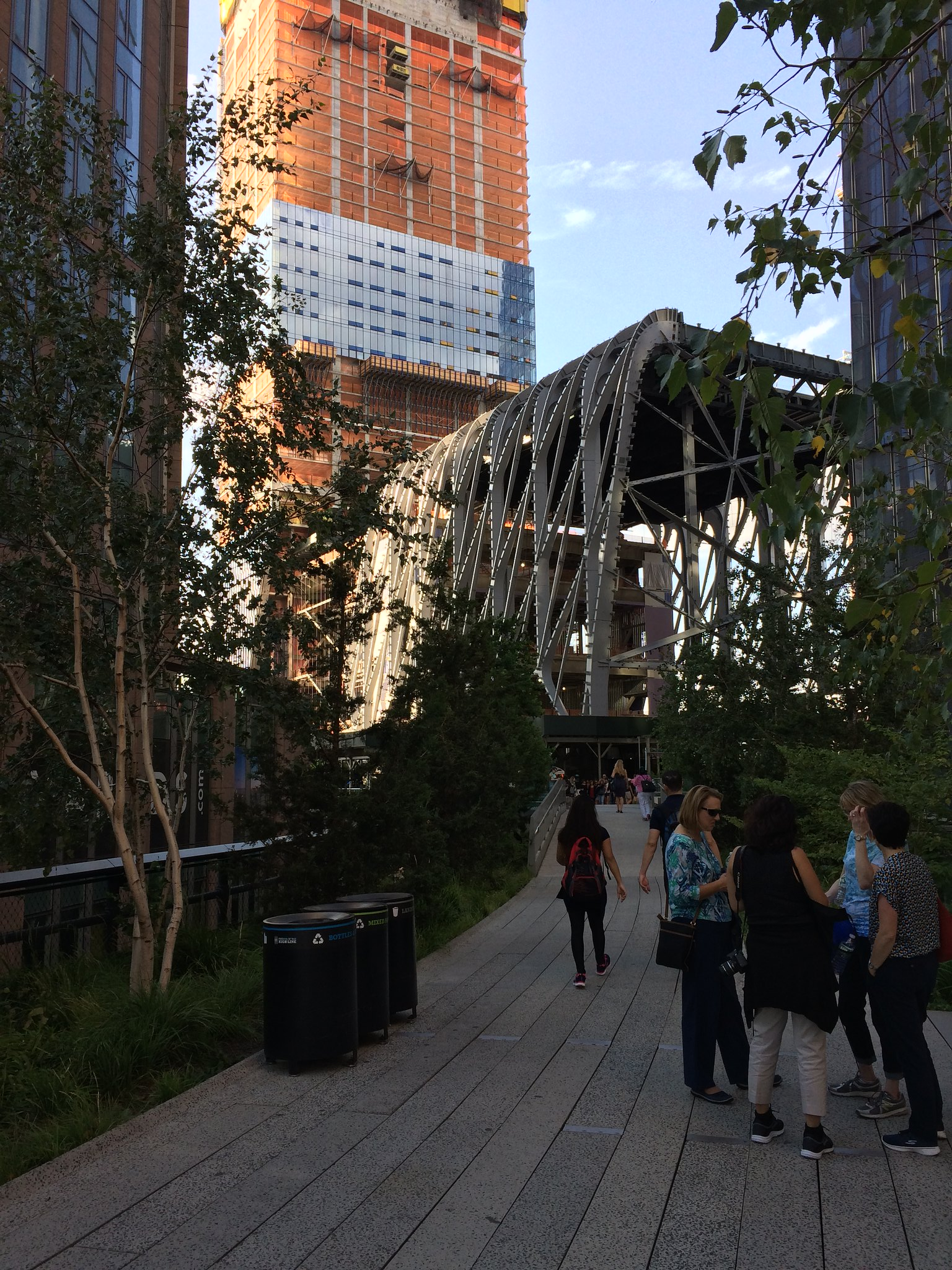 New York City's High Line, in the foreground, and Hudson Yards, under construction in this photo, are symbols of the city's recent focus on the wealthy. Photo by Yonah Freemark.