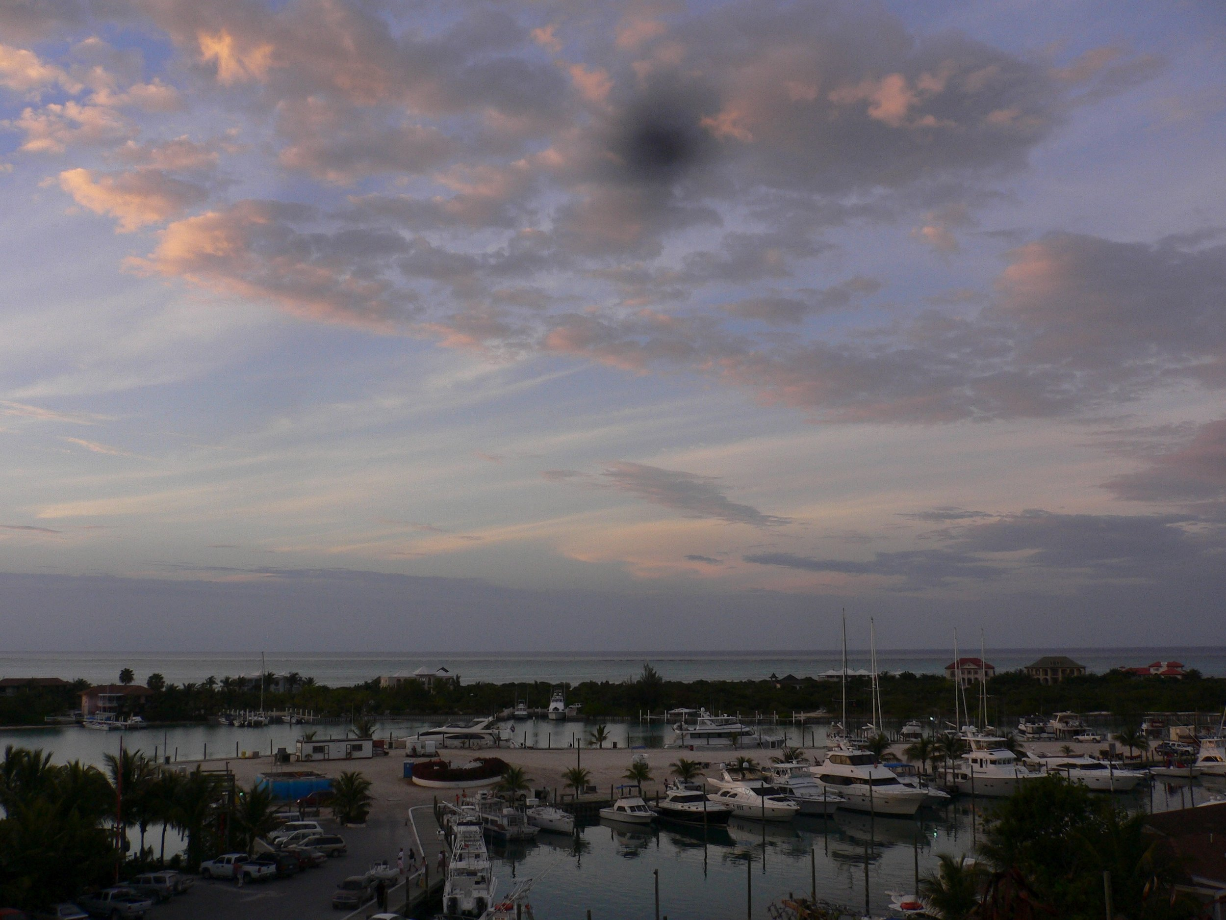 Turks_and_Caicos_Islands_sunset.jpg