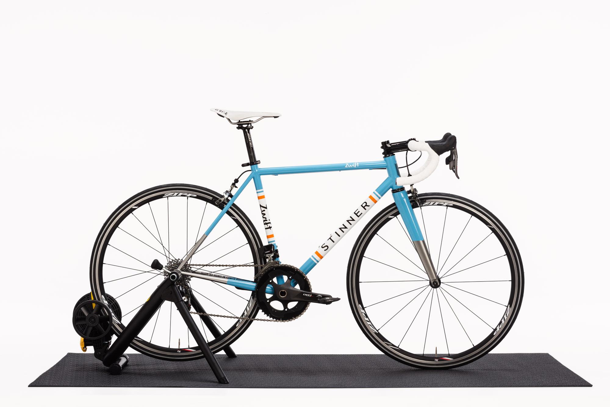 170914_Zwift_in_Box_Magnus_Bike-0013.jpg