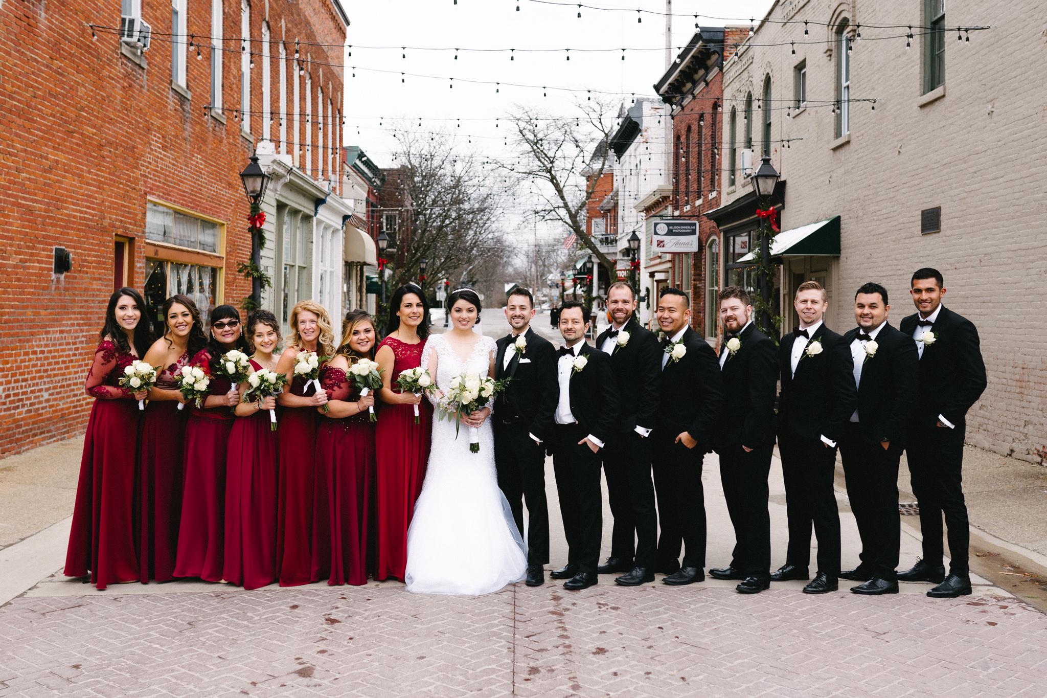 033-rempel-photography-chicago-wedding-inspiration-susan-daniel-michigan-metro-detroit-christian-church-holly-vault-cupcakes-and-kisses.jpg