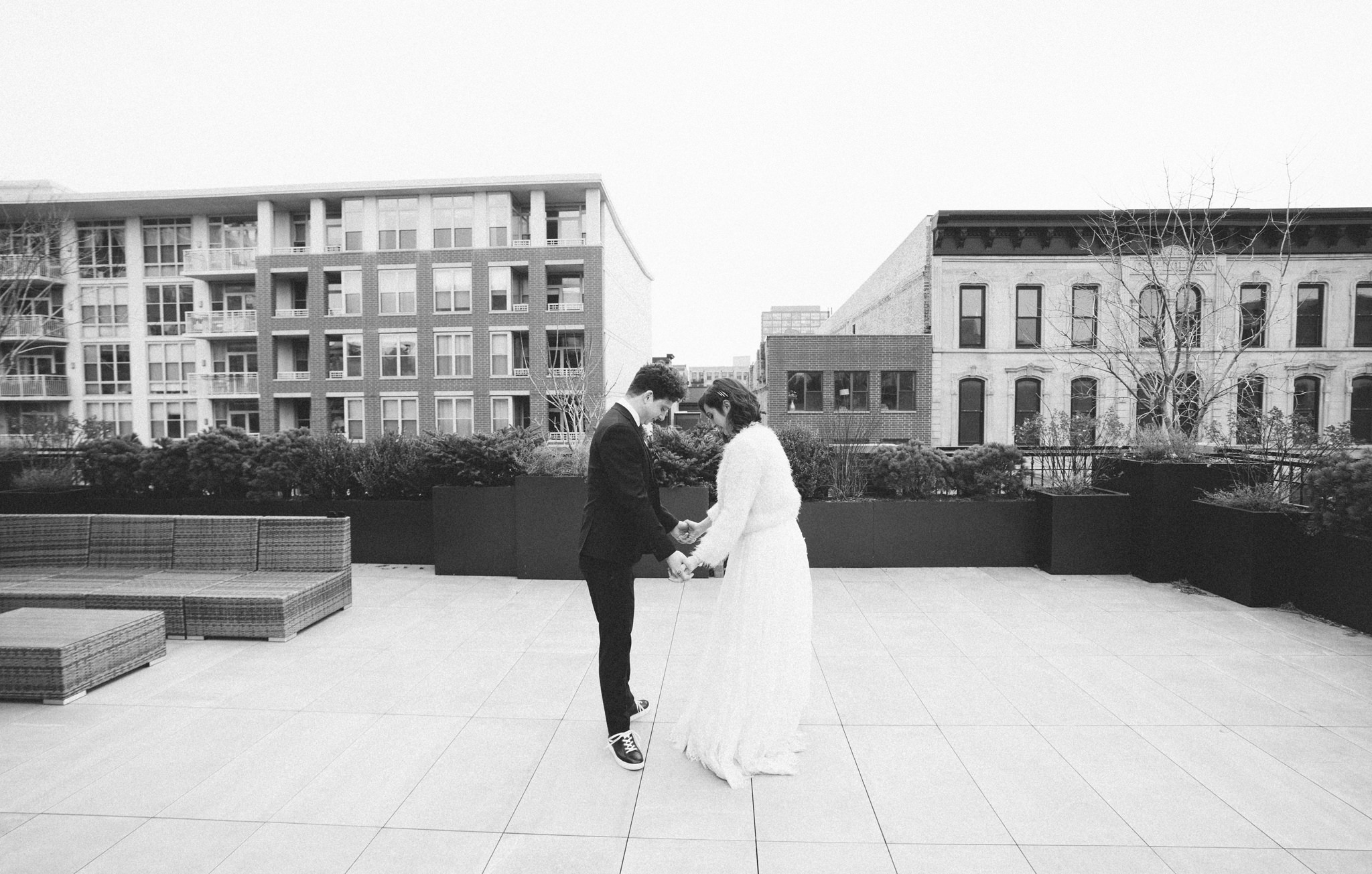 093-rempel-photography-chicago-wedding-inspiration-west-loop-fulton-market-caitlin-max-loft-lucia-venue-lindsey-marino-city-bbq-dana-hotel-and-spa.jpg