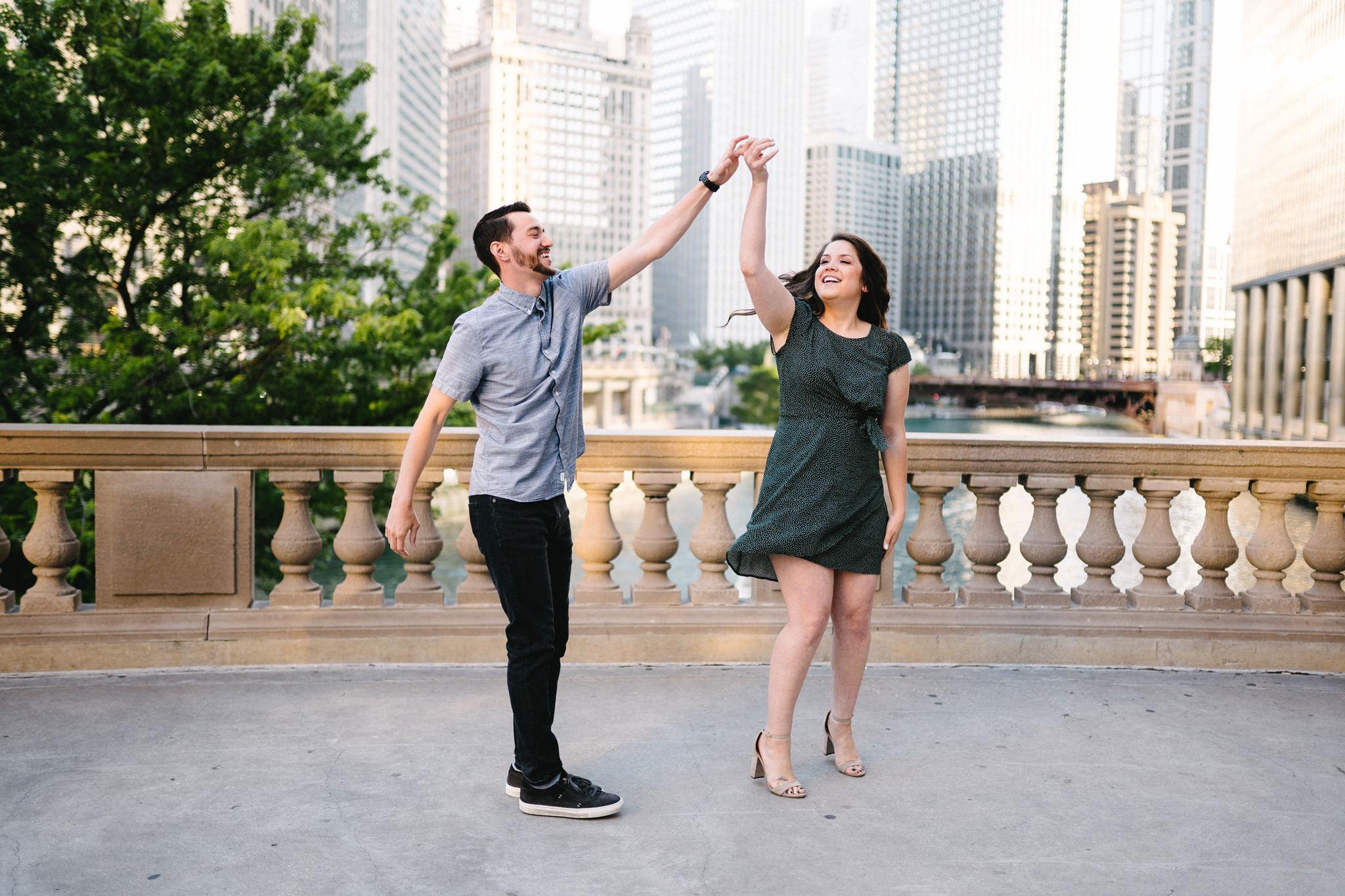 004-rempel-photography-chicago-wedding-inspiration-matt-mariana-riverwalk-engagement-session-city-view-loft-ohana-events.jpg