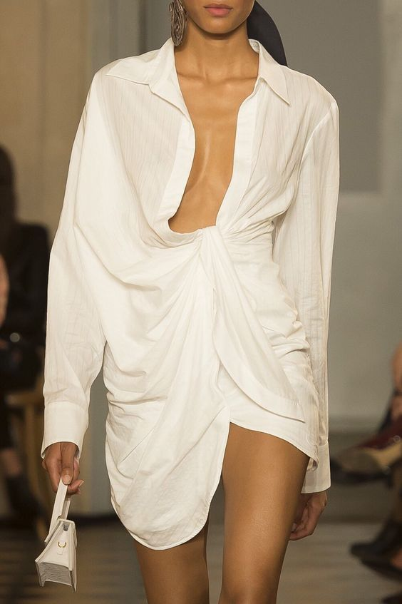 Jacquemus - @jacquemusRefined yet deconstructed, Jacquemus is my favorite brand to find inspiration. I love how his designs emphasize the sensuality of a woman while providing a modern powerful edge. Every dress, pant set, top, shoe. I want it.