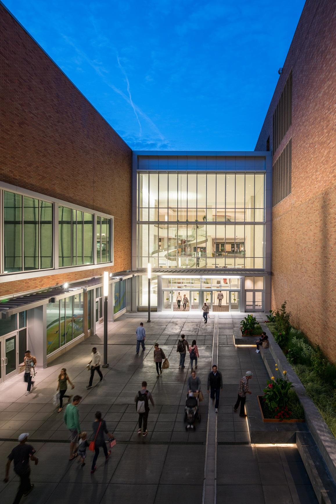 Waterleaf - Lloyd Center 5.jpg