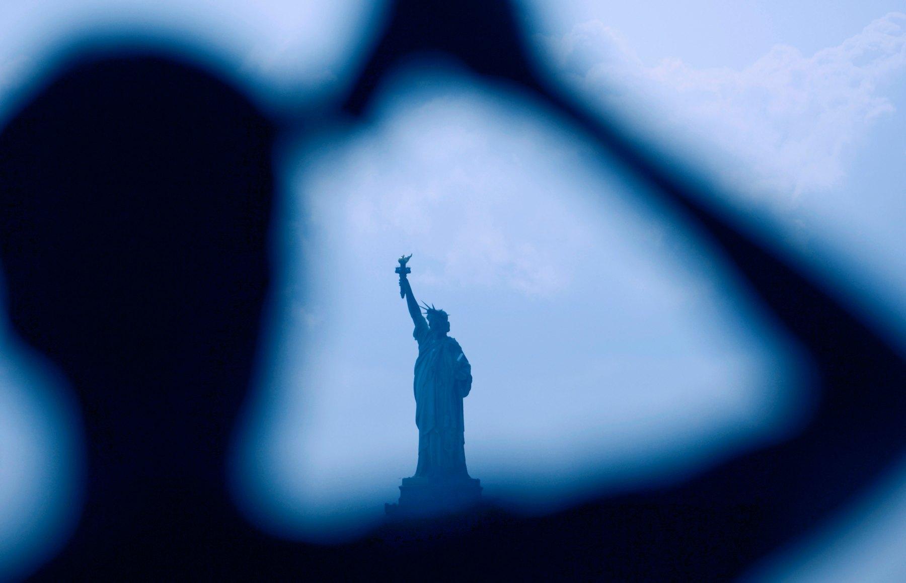 statue of lib.jpg