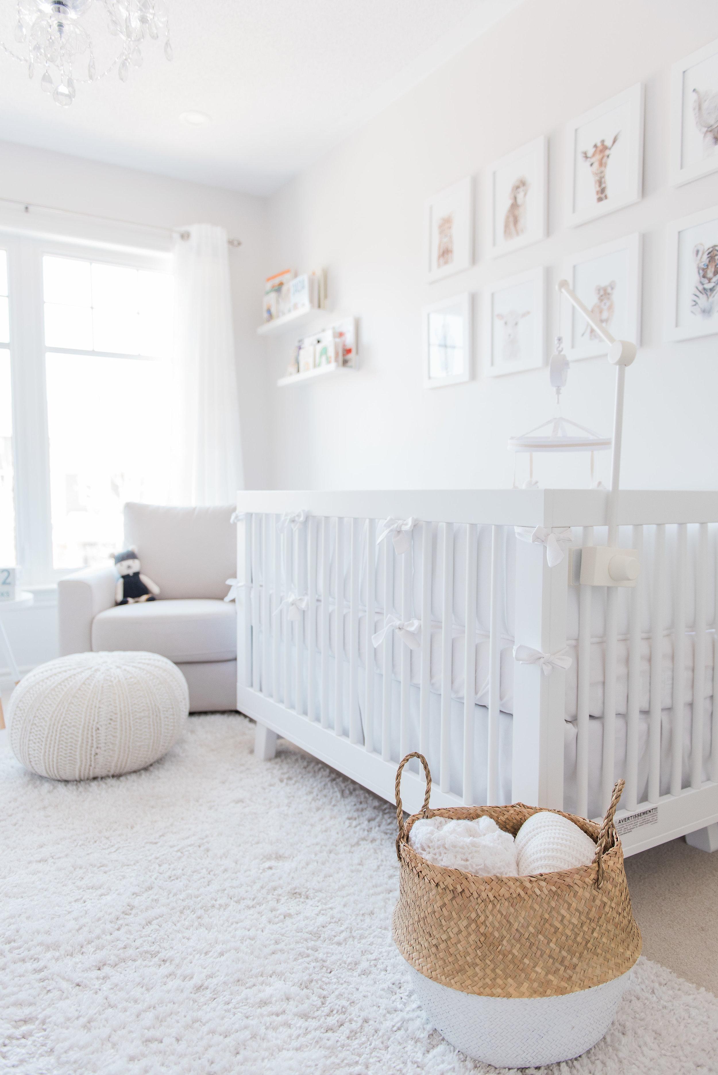 0031_Newborn_Lifestyle___All_White_Nursery_Baby_Boy___Hanan.jpg