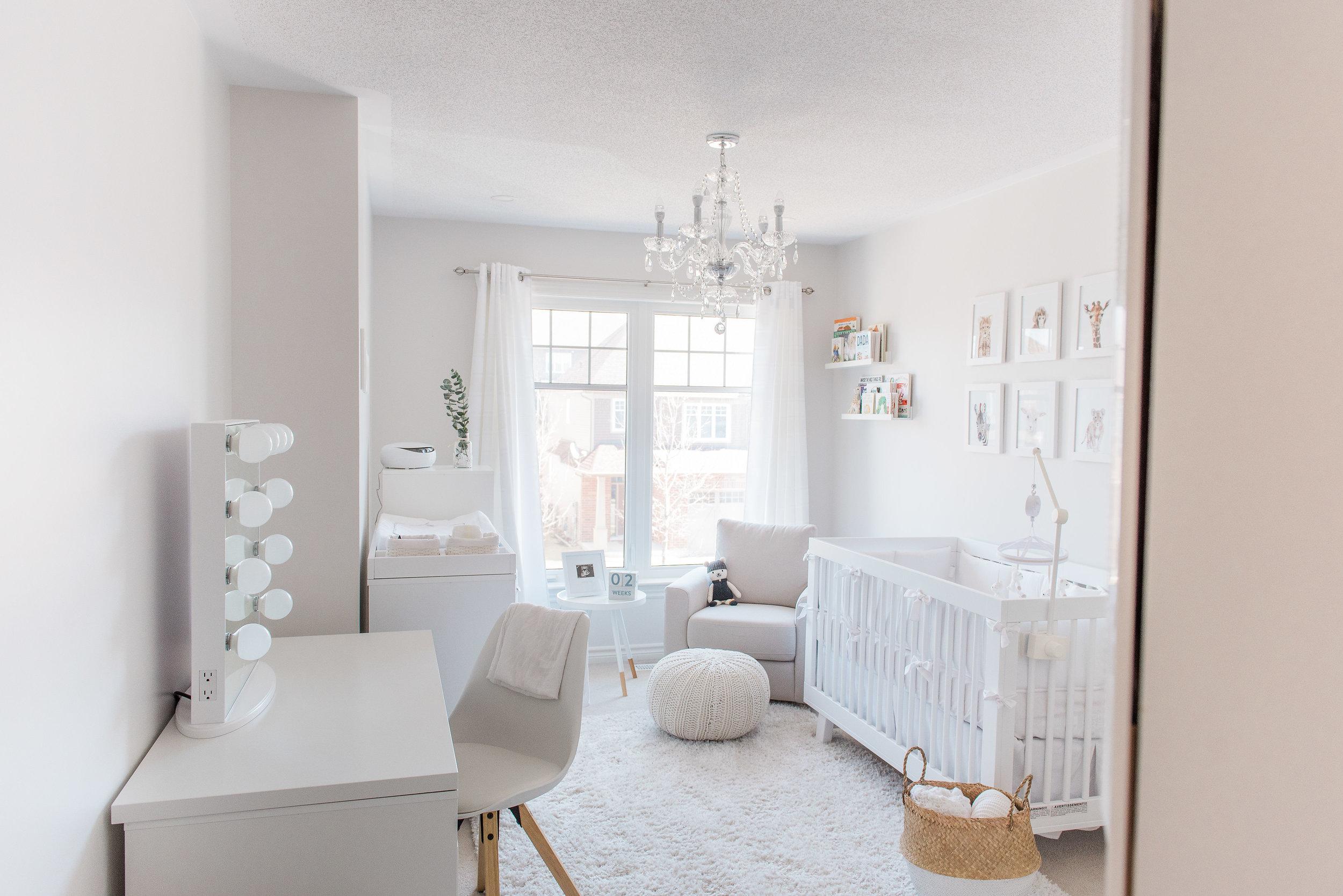 0003_Newborn_Lifestyle___All_White_Nursery_Baby_Boy___Hanan.jpg
